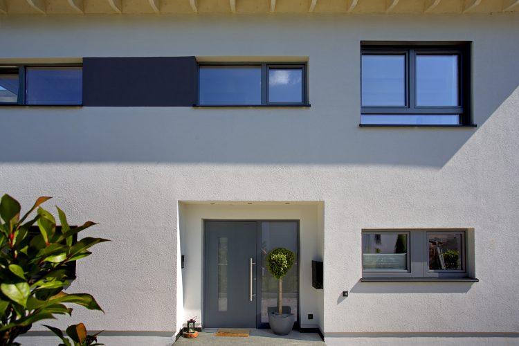 Holz-Aluminium Haustür von Kneer Südfenster